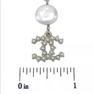 Chanel star swing pearl vintage earring